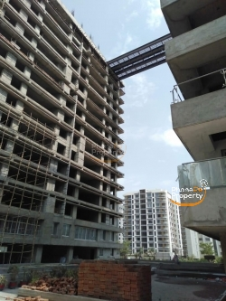 blue sparsh 4bhk flats for sell in  adajan